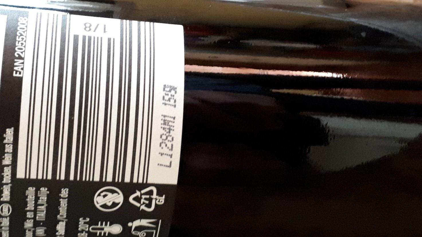 lotto di produzione su etichette per vino