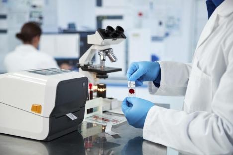 etichette per laboratori di analisi e campioni biologici